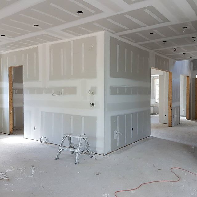 finishing custom home - drywall and sealing by crasie drywall company