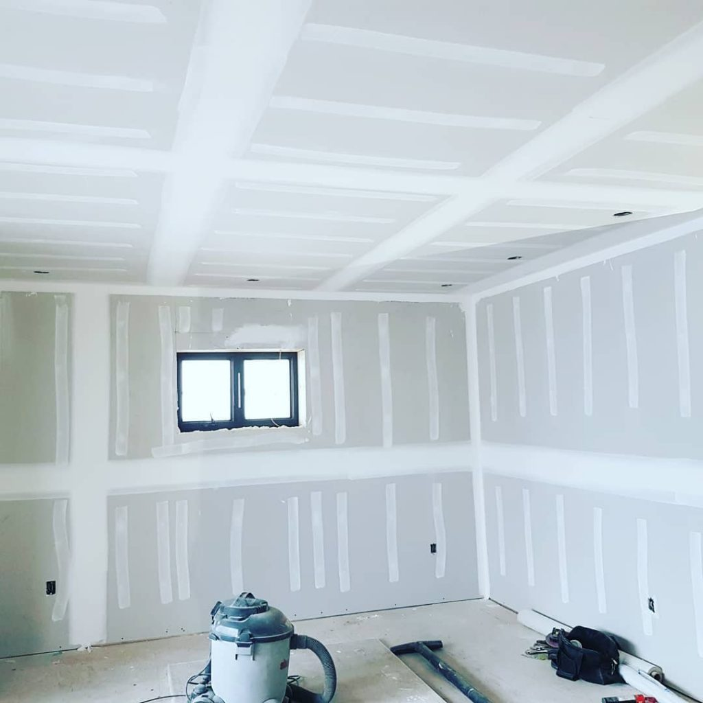 cleaning the space after installing drywall - carsie drywall toronto