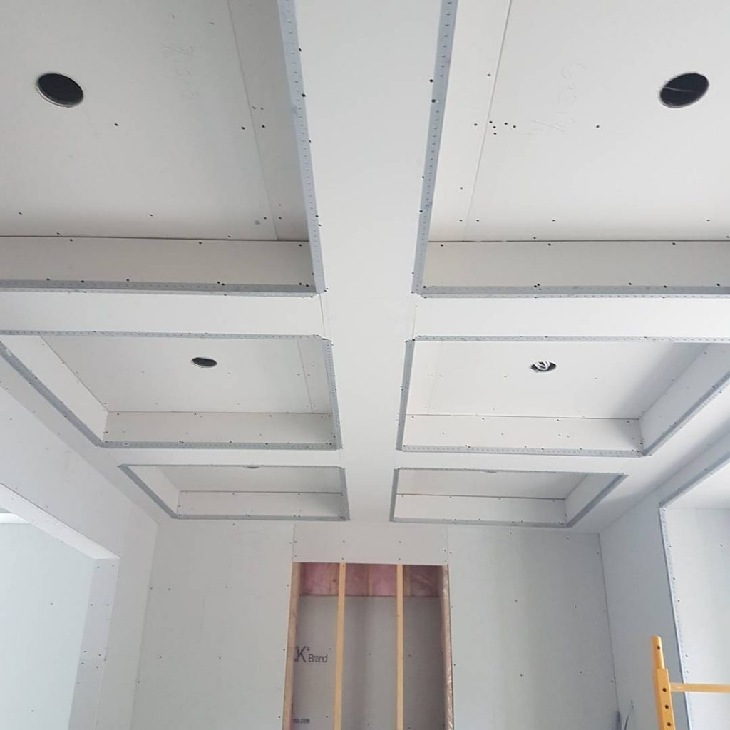luxury waffle ceiling in amazing family room by carsie - drywall toronto